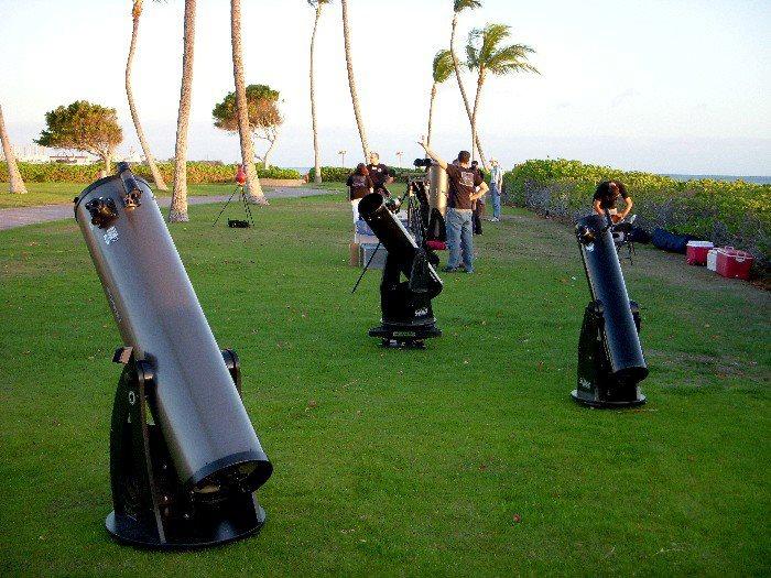 Orion Telescopes and Binocularsを購入します。 年齢を問わず楽しめる。 初心者から上級者まで。