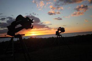 ハワイ島コオリナのハワイスターパーティー望遠鏡の上の星
